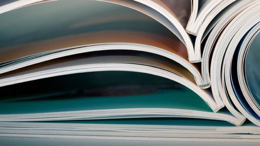 0951_journals-books-databases-header_istock_10189945_f1-2400
